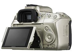 可動式液晶モニターのデジタル一眼レフカメラ